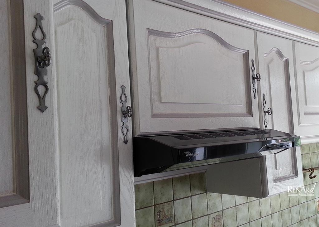 Dtail peinture et patine ateliers renard with relooking - Relooking cuisine ancienne ...